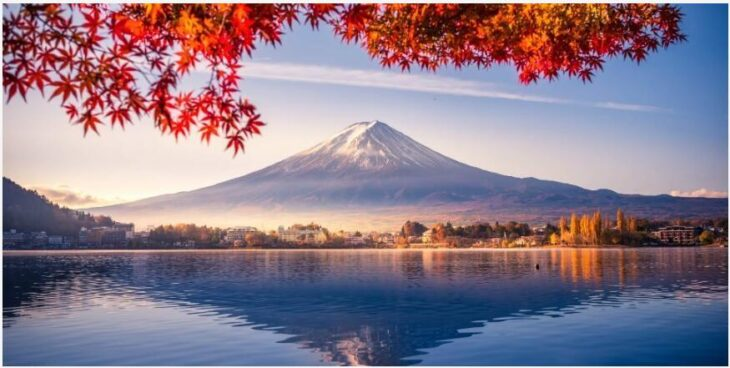 When is the best time to travel to Japan